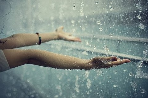 arms in rain