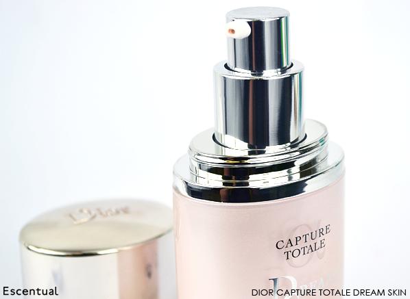 Dior Capture Totale Dream Skin Close