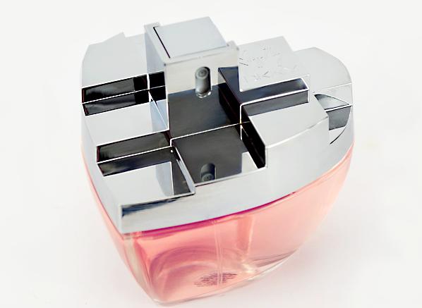 DKNY MYNY Bottle - Side