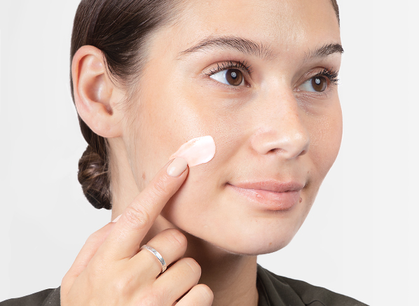 5 Fixes For Your Summer Skin Concerns