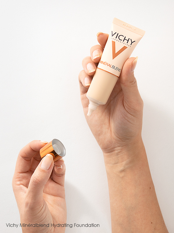 Image of Vichy Mineralblend Hydrating Foundation