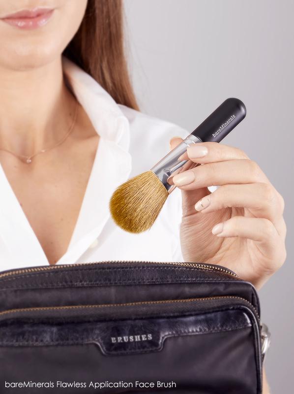 best makeup retouchers bareMinerals Flawless Application Face Brush