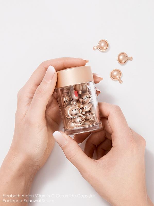Image of Elizabeth Arden Vitamin C Ceramide Capsules Radiance Renewal Serum