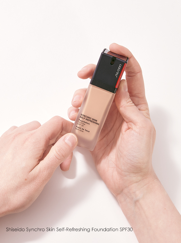 Escentual Beauty Team Favourites. Chelsey picks Shiseido Synchro Skin Self-Refreshing Foundation