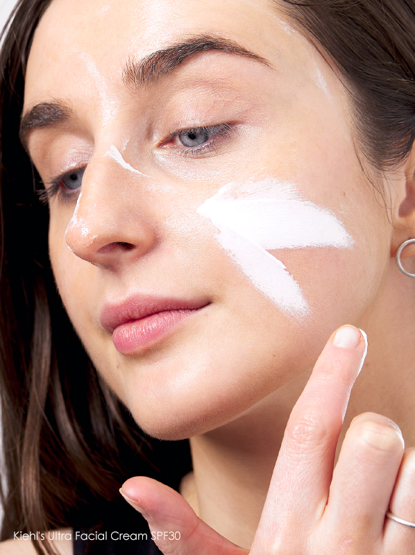 Model image of Kiehl's Ultra Facial Cream SPF30 swatch on the skin