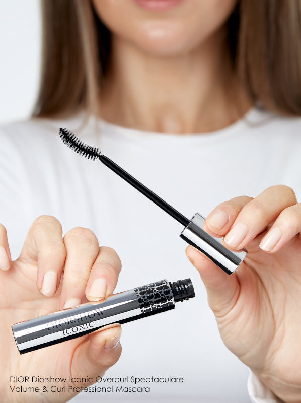 3 Of The Best Curling Mascaras: DIOR Diorshow Iconic Overcurl Spectaculare Volume & Curl Professional Mascara