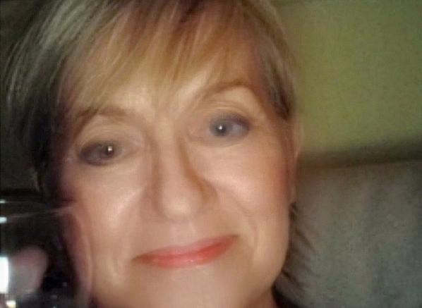 Fragrances She'll Love Escentual Christmas Campaign Star, Customer Service Pat