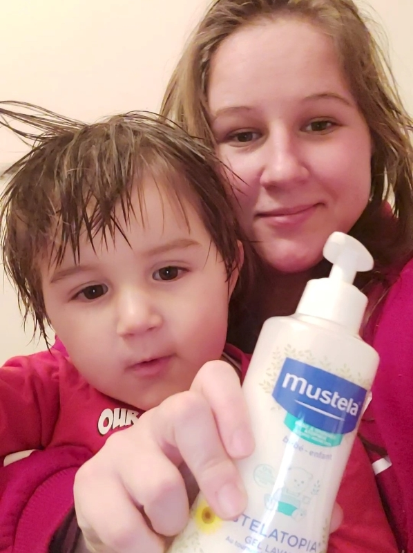 March New Beauty Monthly Favourites: Mustela Stelatopia Cleansing Gel