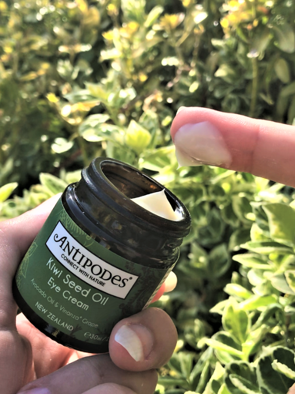 Antipodes Review: Antipodes Kiwi Seed Oil Eye Cream