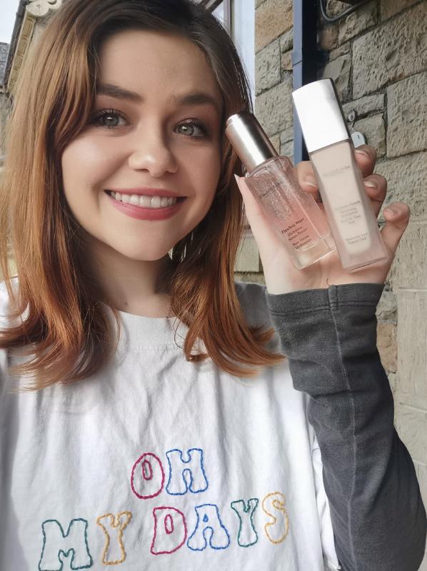 Beauty Favourites: Elizabeth Arden Flawless Finish Skincaring Foundation