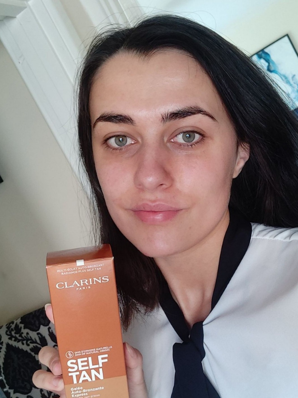 Beauty Favourites: Clarins Self Tanning Instant Gel