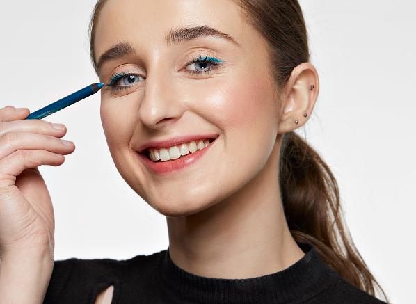 4 Subtle Ways You Can Make Your Makeup...
