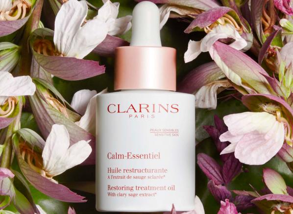 Clarins Calm Essentiel Restoring Treatment Oil Review
