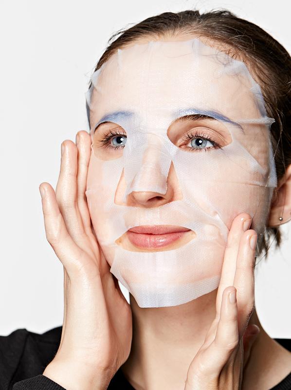 Elizabeth-Arden-Superstart-Probiotic-Boost-Skin-Renewal-Biocellulose-Mask-2-598x800-2